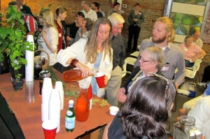 Serving smooth sumac infusion to Chattanoogans for TN Valley Chapter of Wild Ones at Green Spaces.